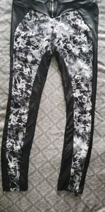 Bebe yoga leggings